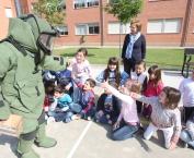 Exhibición de la Policía en  Gonzalo de Berceo